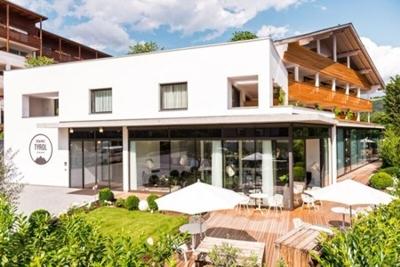 Wellnessurlaub In S Dtirol Im Design Und Wellnesshotel